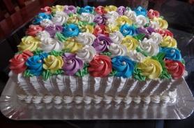 Bolo de Aniversário Colorido